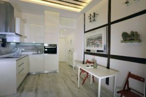 Cocina Reformada en Madrid por Quadratura